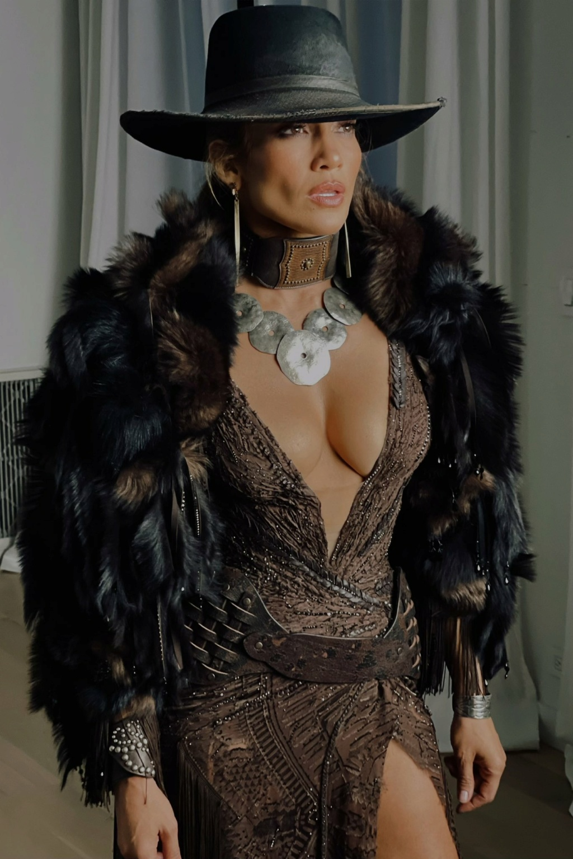 Jennifer Lopez - Σελίδα 19 C5c01810