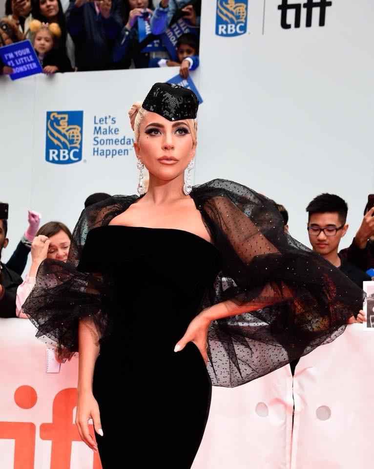 4 - Lady Gaga - Σελίδα 13 C6e09c10