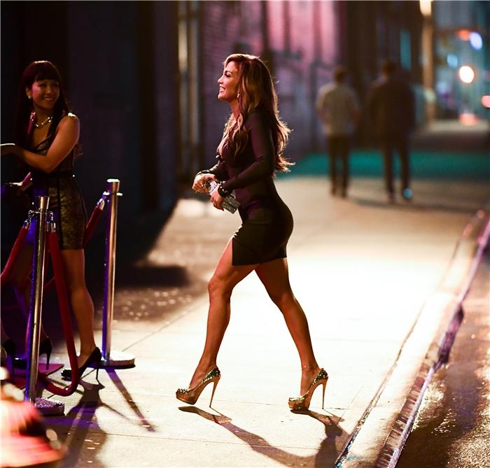 Jennifer Lopez - Σελίδα 28 C7574010