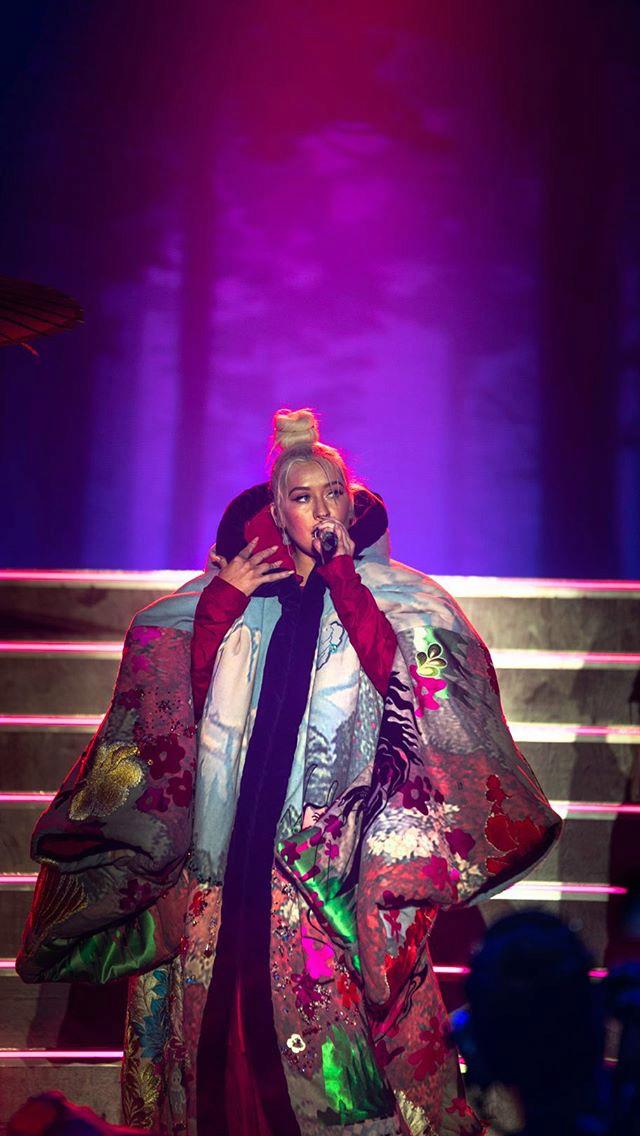 Christina Aguilera - Σελίδα 6 Cb8d6310