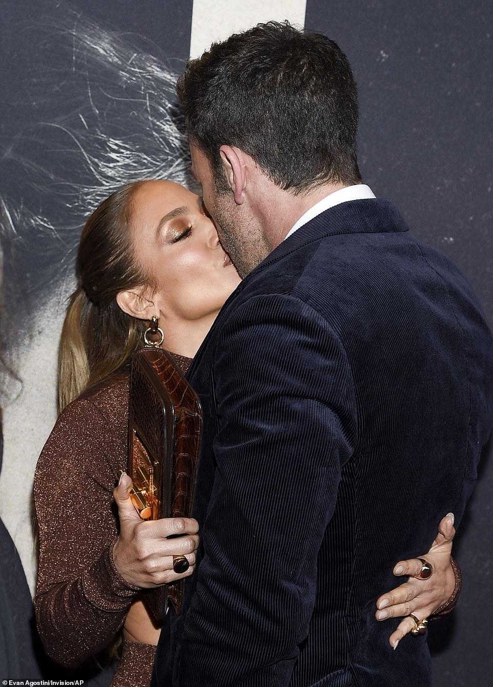 Jennifer Lopez - Σελίδα 20 D4ab6d10