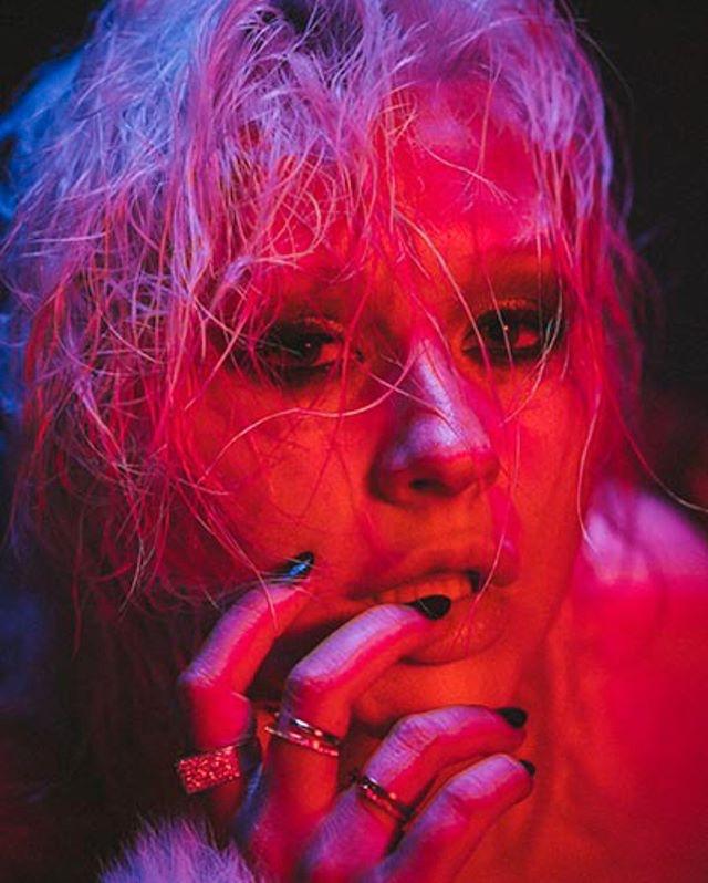 Christina Aguilera - Σελίδα 5 D8ed3510