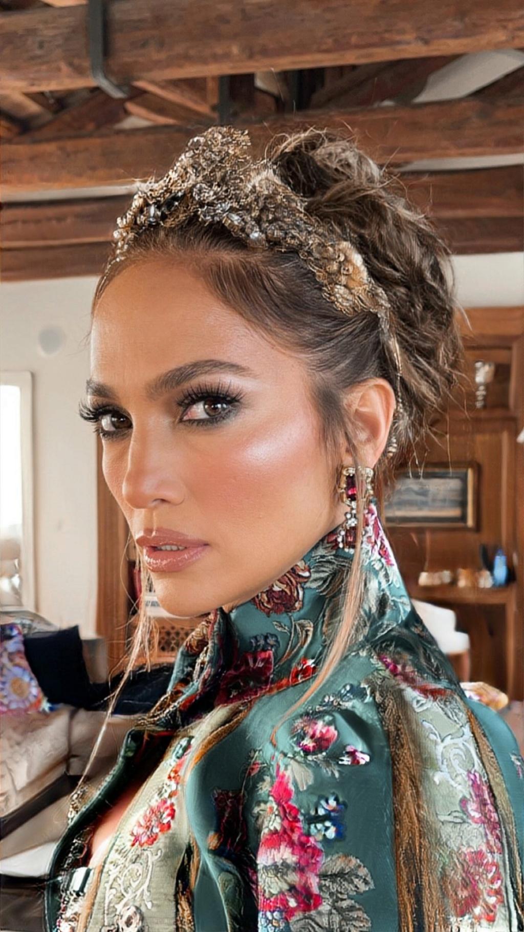 Jennifer Lopez - Σελίδα 18 Dcd25510