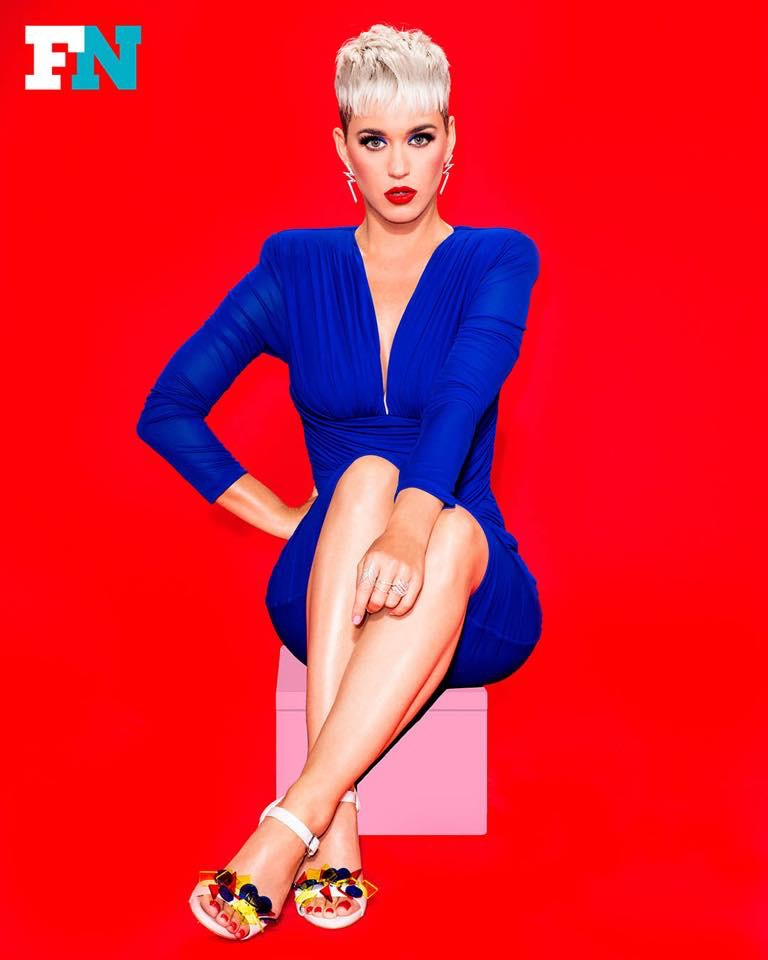 Katy Perry  - Σελίδα 6 Dea34b10