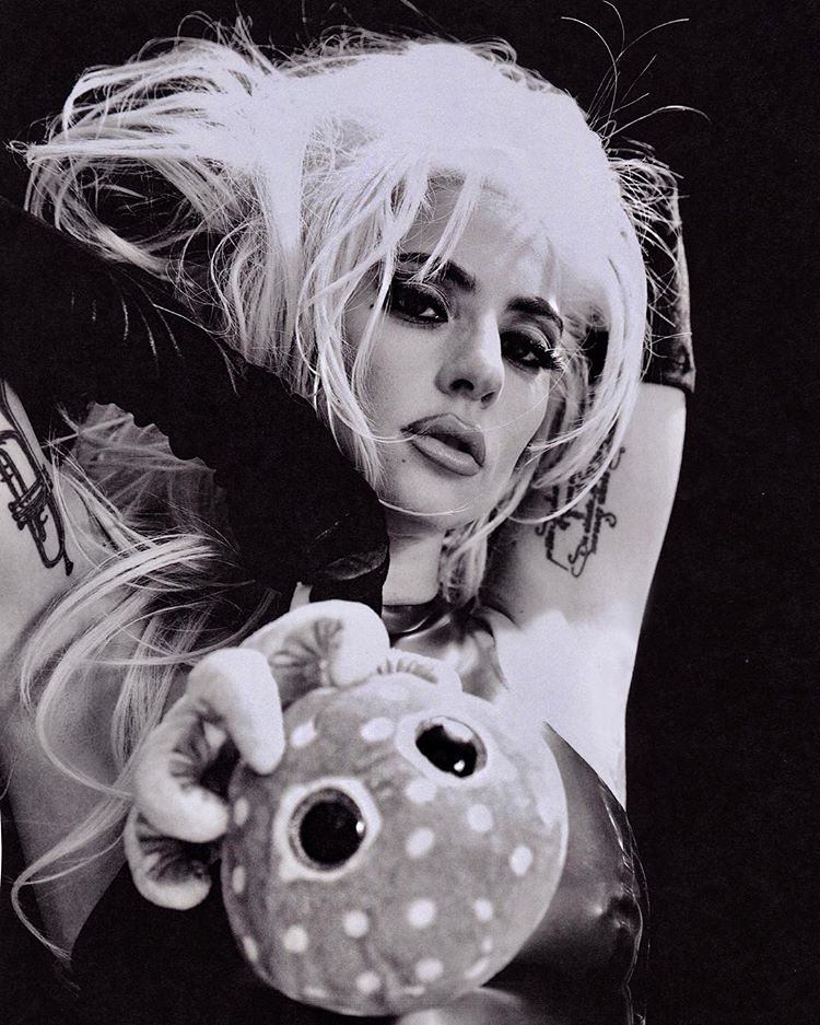 8 - Lady Gaga - Σελίδα 12 Dfcefe10
