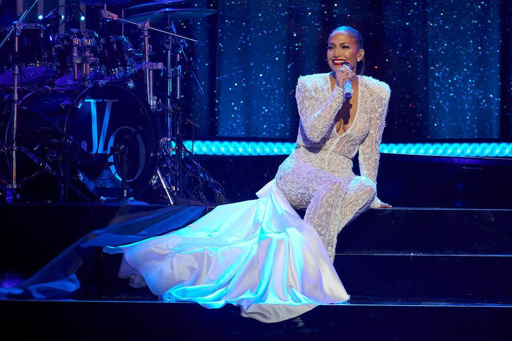 Jennifer Lopez - Σελίδα 22 E96b0810