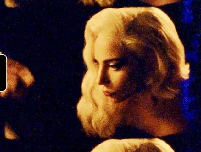 4 - Lady Gaga - Σελίδα 33 Ec559110