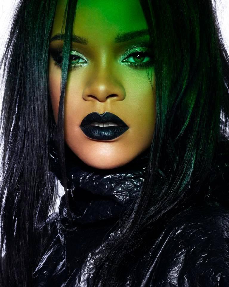 Rihanna  - Σελίδα 4 Ec609810