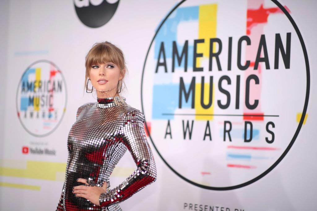 Taylor Swift - Σελίδα 5 Ed564410