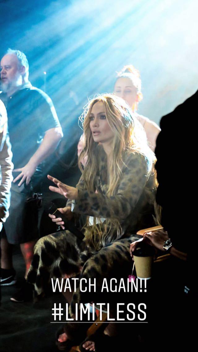 Jennifer Lopez - Σελίδα 22 F30f4f10