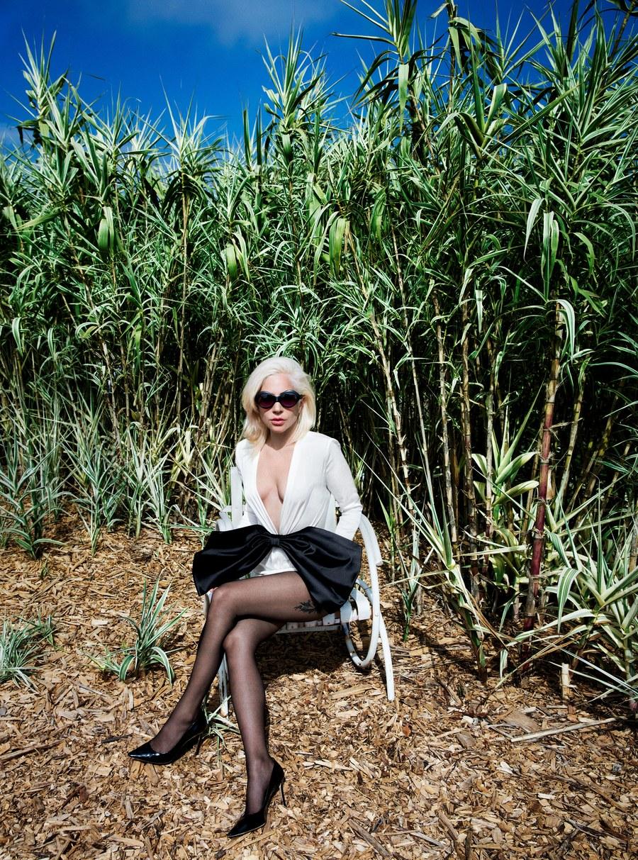 4 - Lady Gaga - Σελίδα 13 F79de310