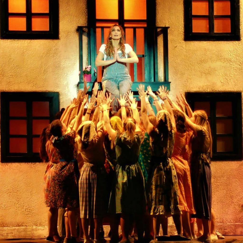 Mamma Mia - Καλοκαιρινή Περιοδεία 2018 - Σελίδα 50 Ff96d410