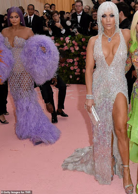 Jennifer Lopez - Σελίδα 29 Kylie10