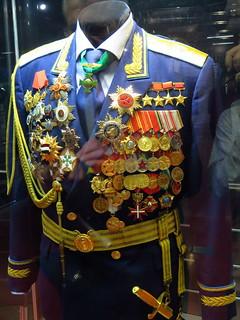 Identification de décorations de cosmonaute ! 49017410
