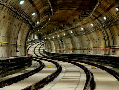 Duvida: Tuneis de metrô. Linha_10