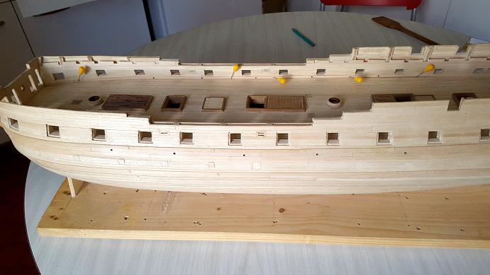 La Confederacy de 1772 au 1/64 par Model Shipways - Page 9 Goutti11