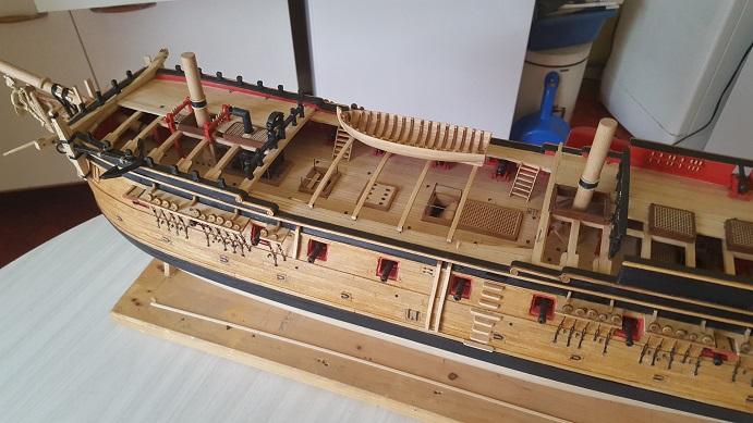 La Confederacy de 1772 au 1/64 par Model Shipways - Page 11 Longbo15
