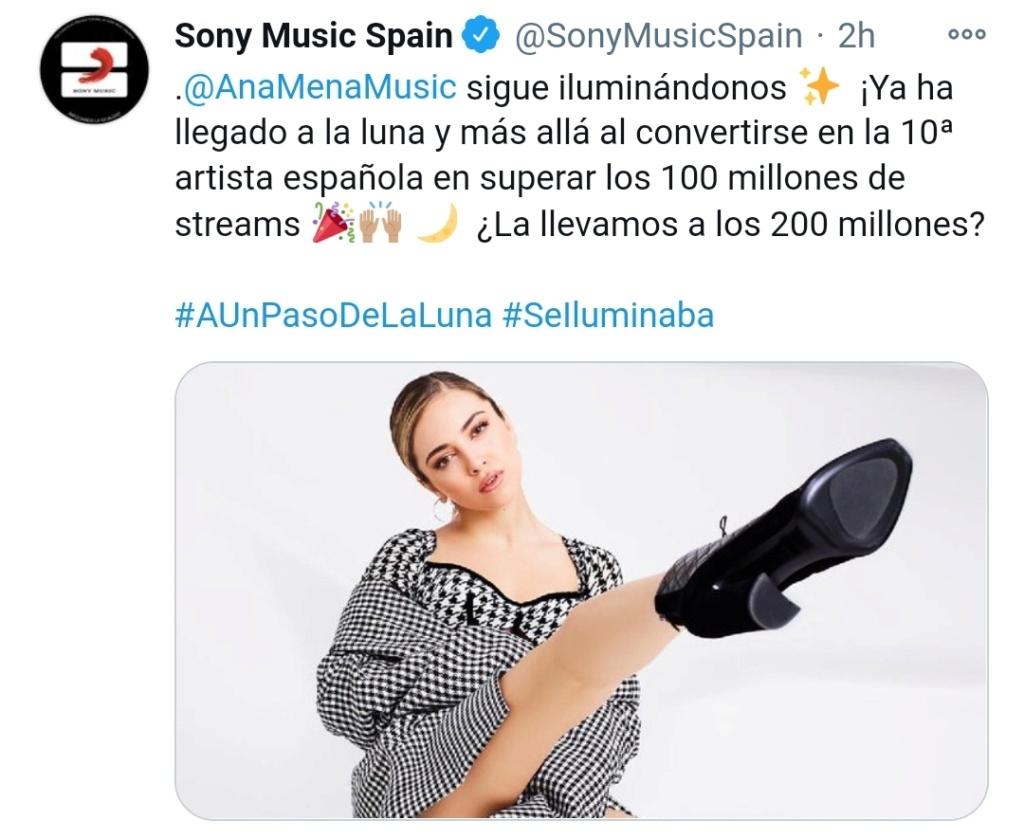 """Ana Mena >> Single """"A un passo dalla luna (Feat. Rocco Hunt)"""" - Página 25 Scree103"""