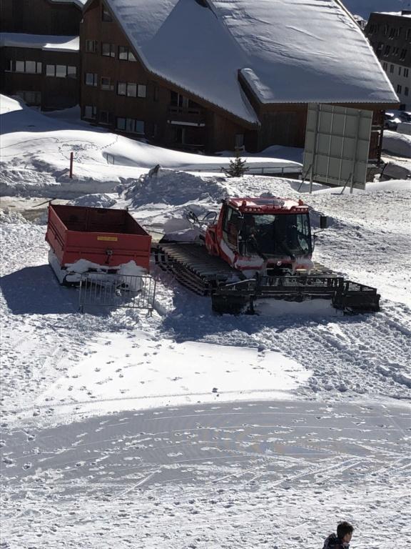 Dameuses Alpe d'Huez 7a7d8110