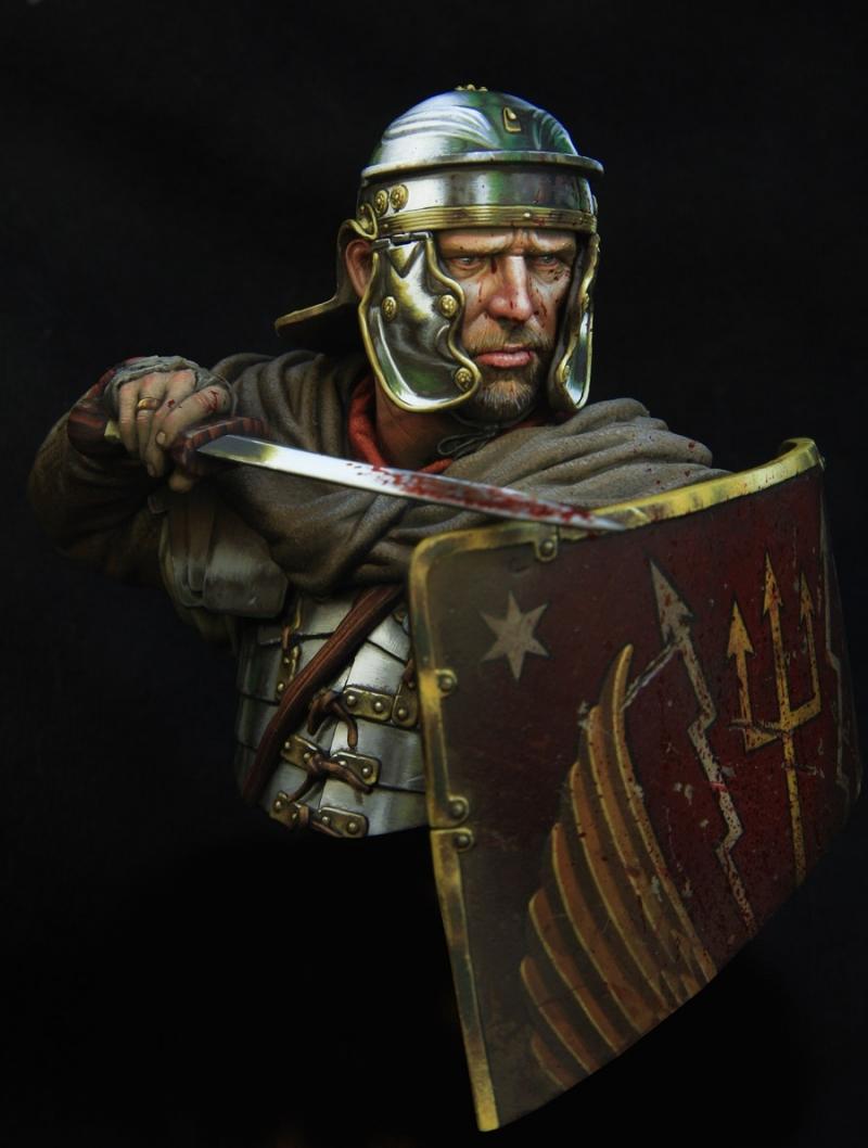 ROMAN LEGIONARY 1st Century Young miniatures Legion10