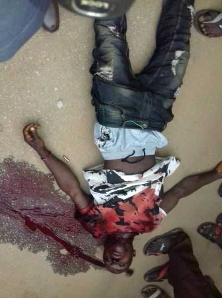 Graphic Pictures From Today's Bank Robbery In Igarra, Edo State Rob10