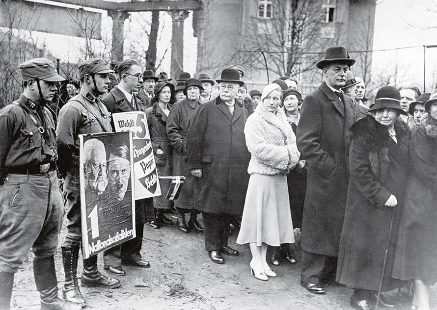 La crise de 1929 a porté Hitler au pouvoir Imgman11