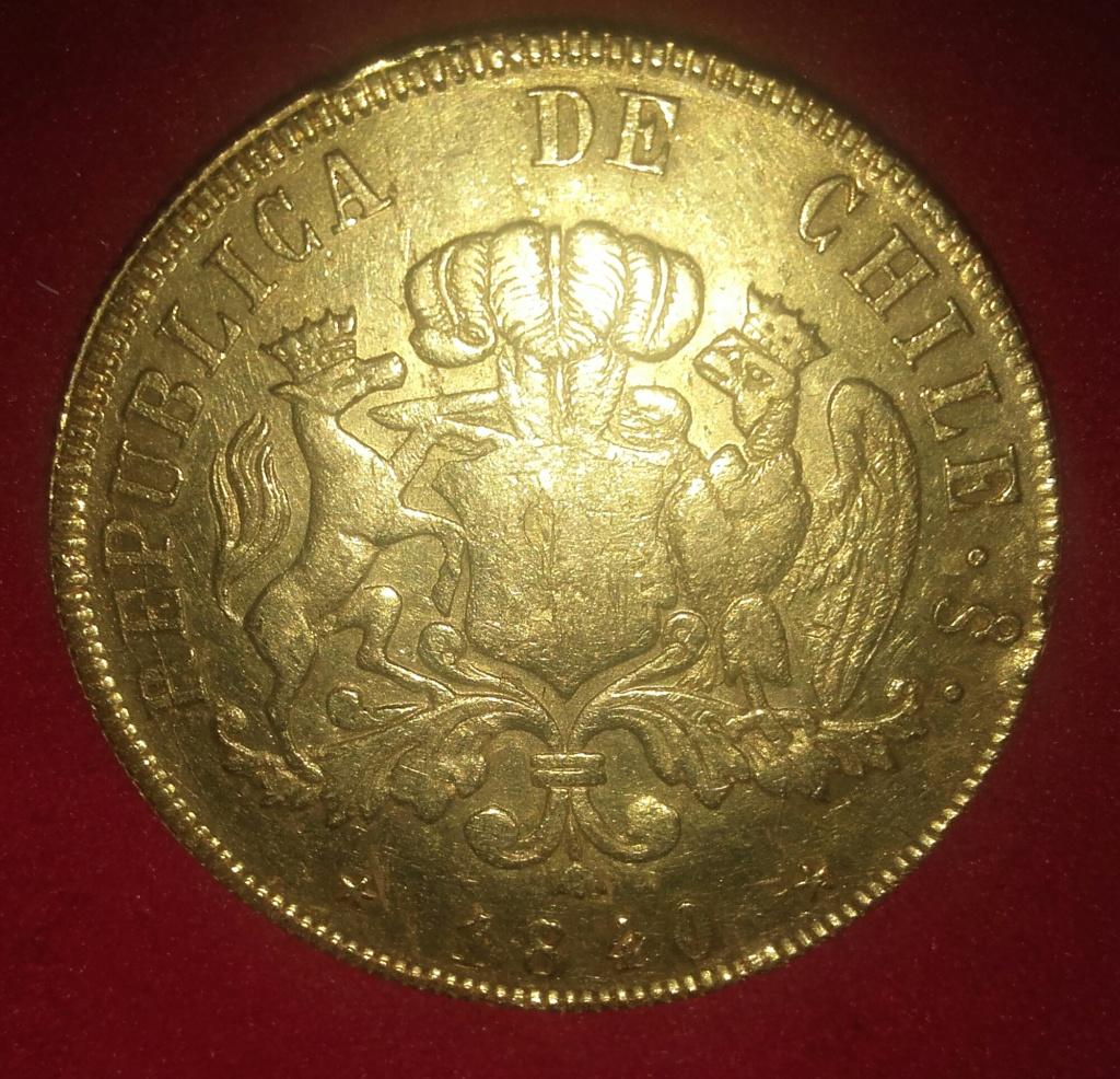 Empezamos este año 2019 con una pieza de 8 escudos 1840  de la República de Chile. 20190110