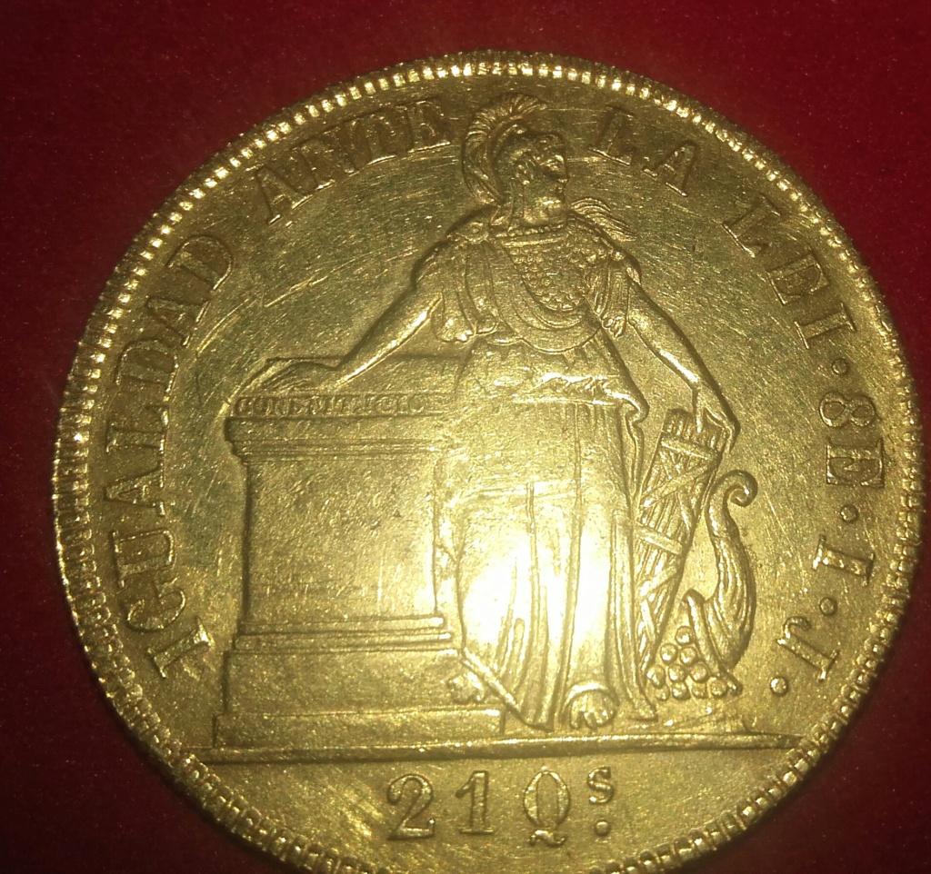 Empezamos este año 2019 con una pieza de 8 escudos 1840  de la República de Chile. 20190111