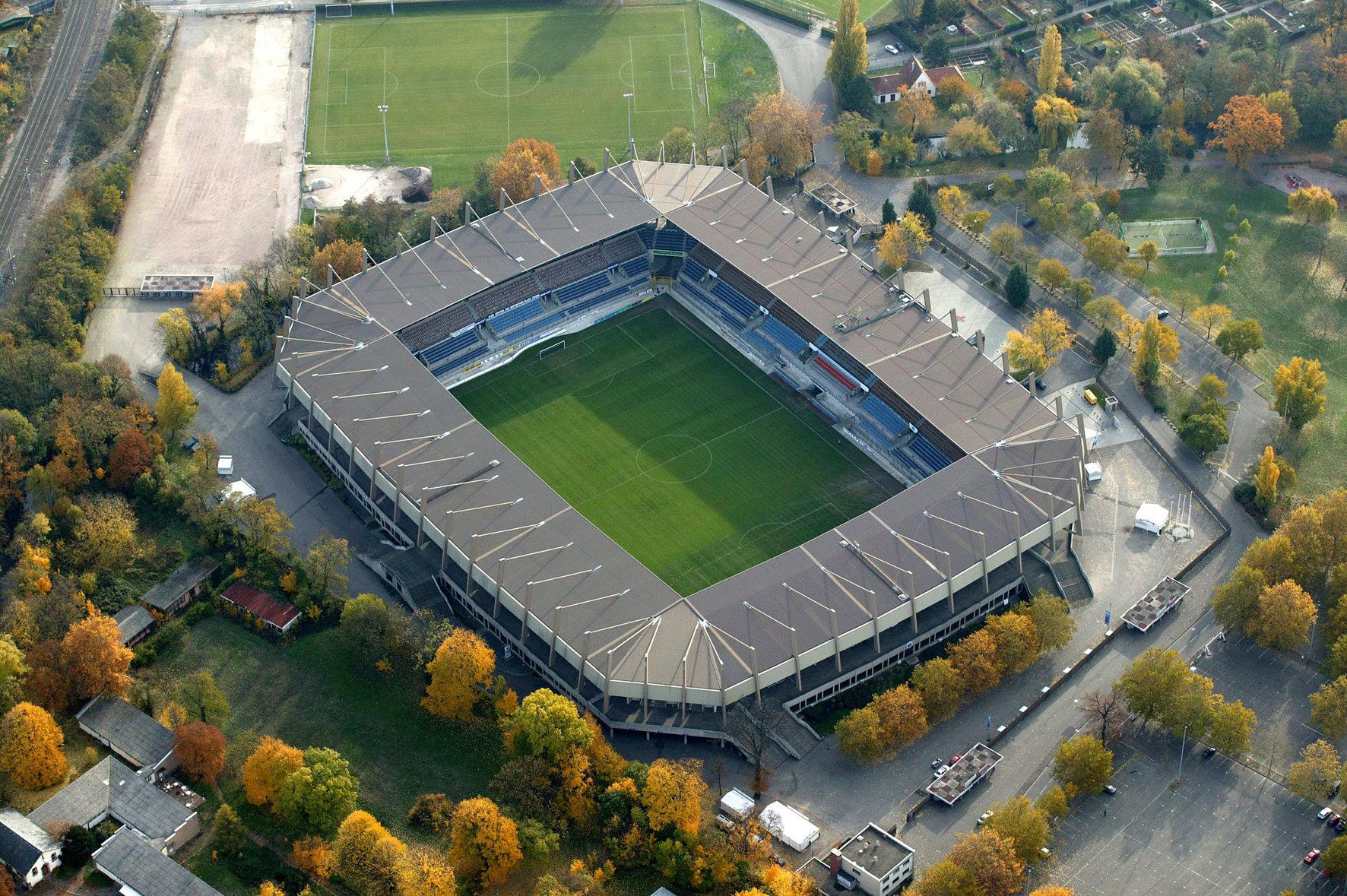 Quel Stade? Meinau11
