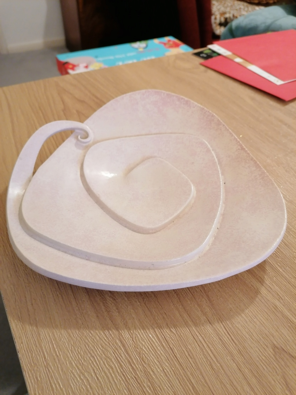 INDENTIFYING ASSISTANCE REQUIRED PLEASE - SOAPSTONE DISH? Img_2014