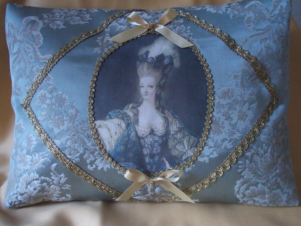 Marie-Antoinette produits dérivés 24112810
