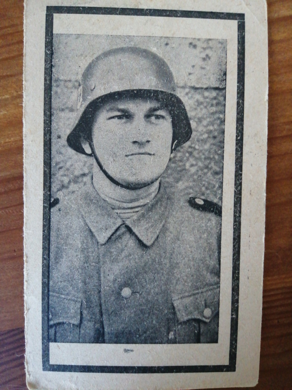 postez vos articles Waffen-SS - Page 5 15744312