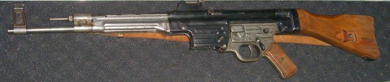 Sturmgewehr 44-45 068b1a10