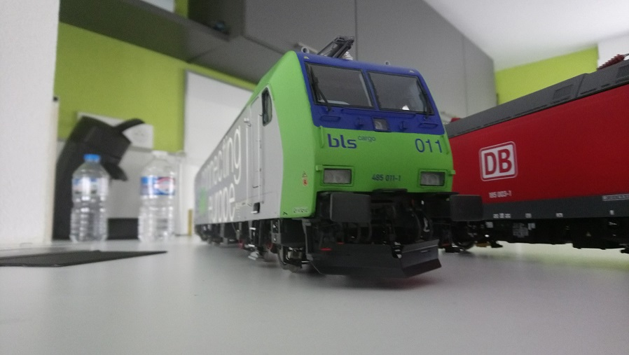 TRAXX 1  BR 185.1  au 1-32e Spur 1 Dsc_0810