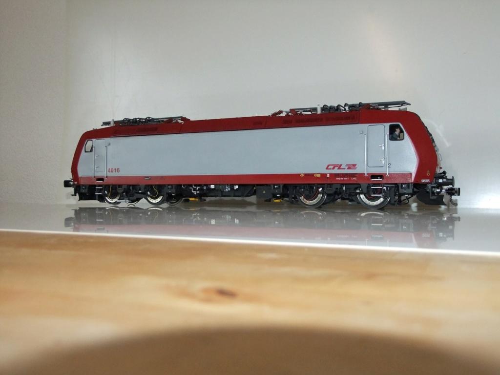 CFL 4000 couleurs  et Présentation  Dscf4010