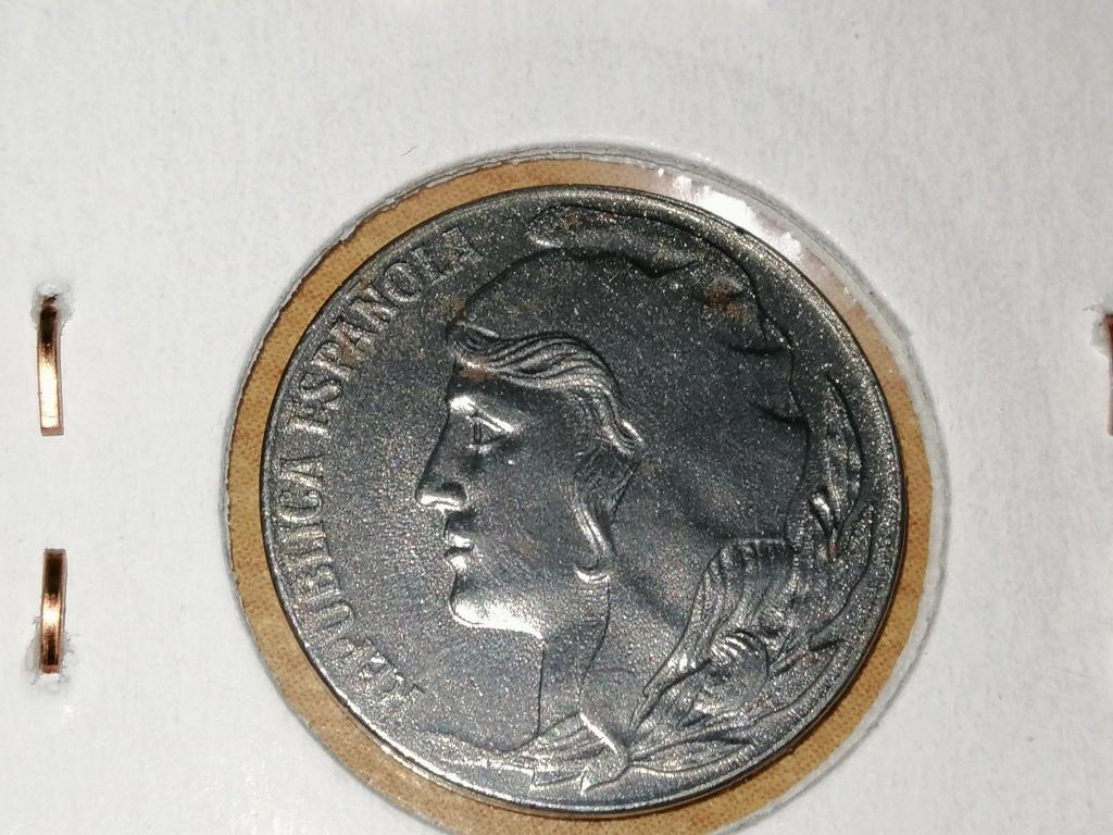 5 céntimos 1937. República Española. Liada con moneda de hierro Img_2063