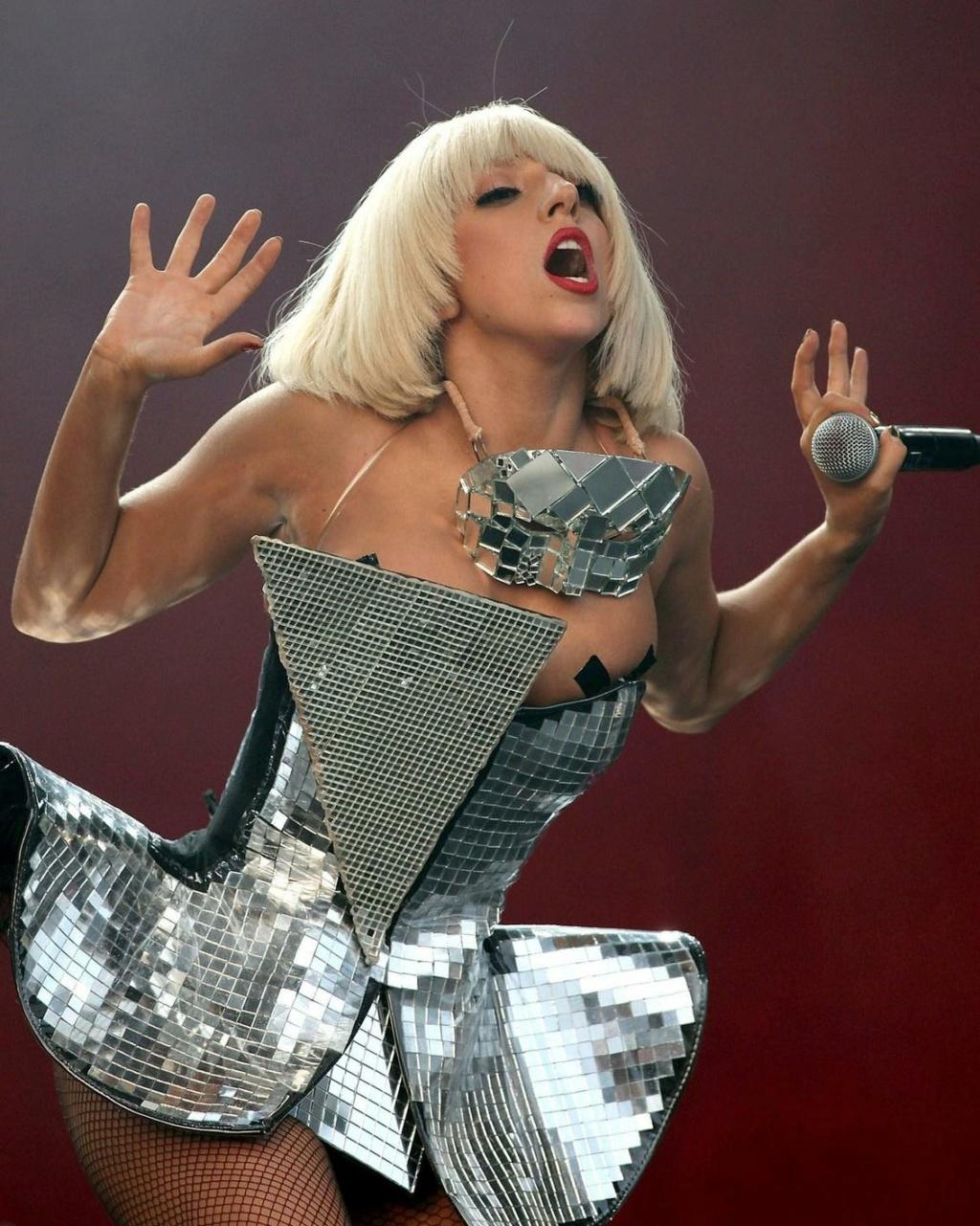 Lady Gaga ¿si o no? - Página 3 17169710
