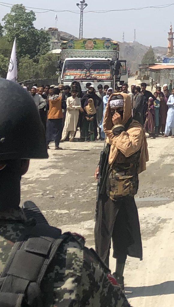 Los talibanes vuelven a controlar Afganistán - Página 8 E-r82x10