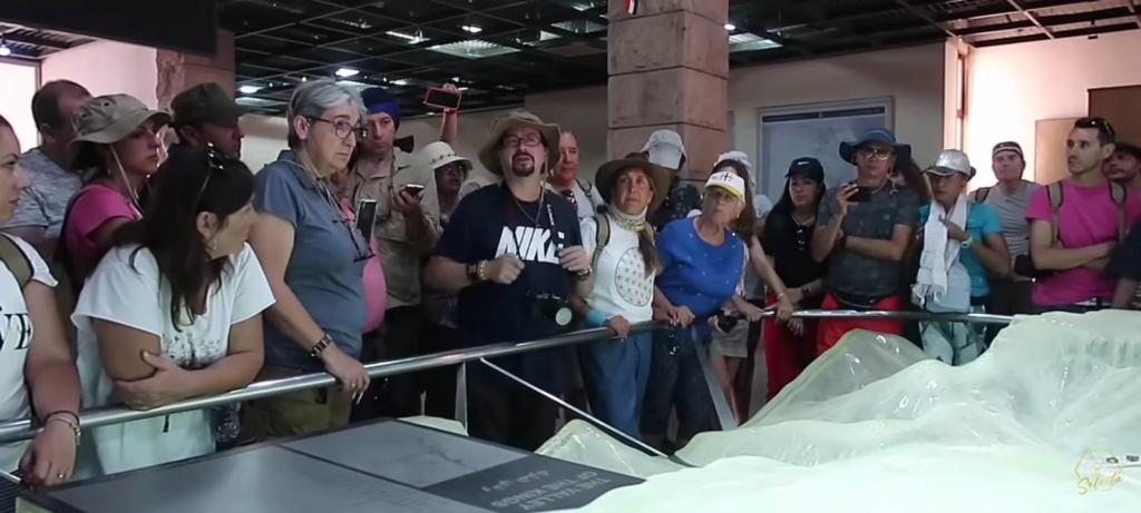 """¿Cuánto mide José Luis Camacho """"JL"""" de (Mundo Desconocido)? - Estatura real  Screen19"""
