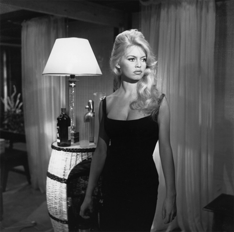¿Cuánto mide Brigitte Bardot? - Altura - Real height Style-10
