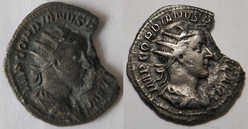 Antoniano de Salonino. PIETAS AVG. Instrumentos de sacrificio. Colonia (258-260) Rgb30