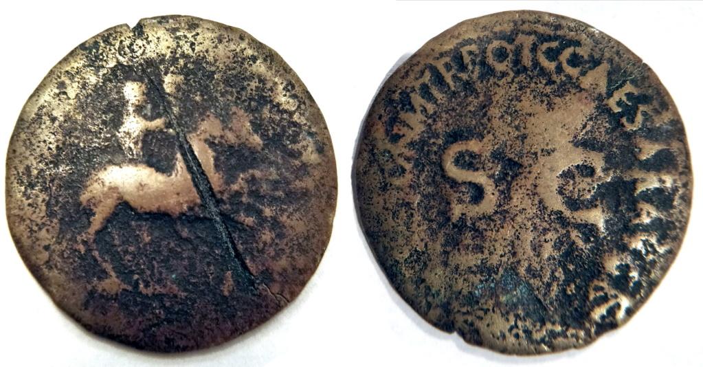 Dupondio de Gaius Caligula: NERO ET DRVSVS CAESARES; Nerón y Druso a caballo a la derecha Rgb_me10