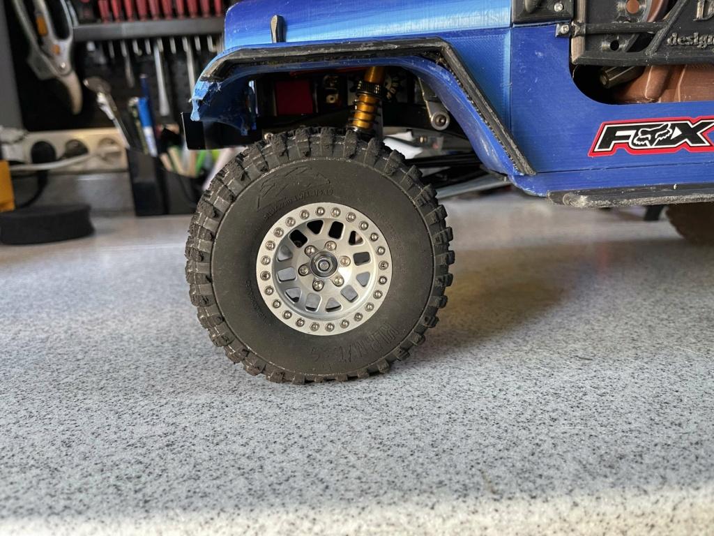 Nouvelle mousse de pneu Img_9410