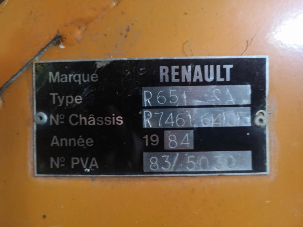 Cherche porte gauche cabine 651S de 1984 Whatsa10