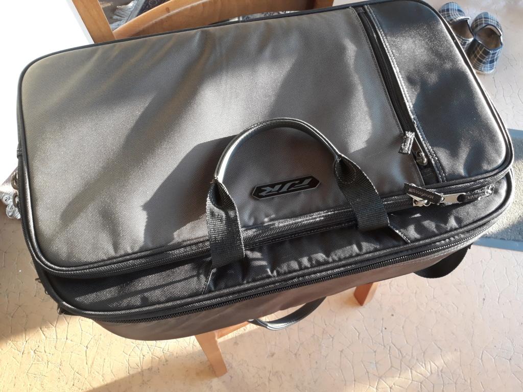 Vends sac intérieur officiel top case 50 L yamaha 20211010