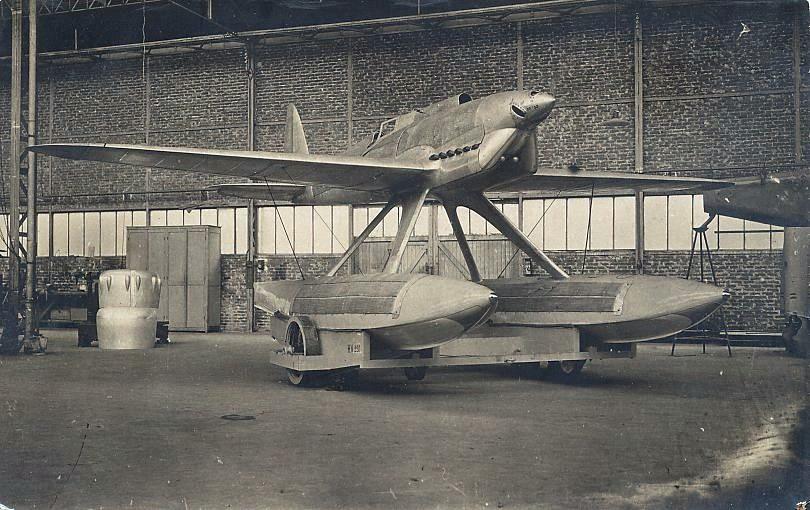 Avions Bernard - Page 2 Avion110