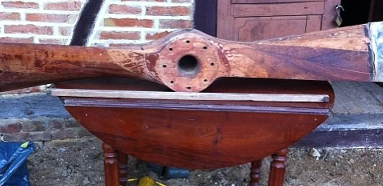 recherche d'informations sur une hélice en bois Dd210