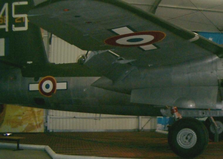 Besoin d'infos sur un P-47D Hpim3410