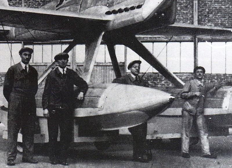 Avions Bernard - Page 2 Hv220-10