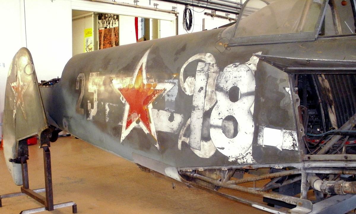 Yak-3 Roland de la Poype: Normandie Niemen P9221210